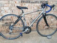 2005 TREK Pilot 2.1 Road Bike: - 50cm Frame (Center to