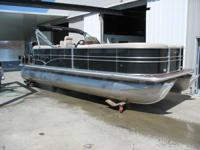 NEW 2014 22FT SYLVAN MIRAGE 8522 LZ PROT BAR TRI-TOON--