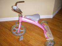 LIl Giant Tricycle Great shape Like New.Bike retails