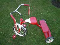 ( Radio Flyer )Dual Deck Classic Red Tricycle. Hard