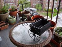 TRICYCLE IRON PLANTER FOR INDOOR /OUTDOORplease look @
