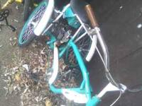 runs great u can pedal it or run it with a motor 300 or