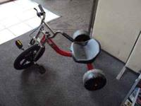 Vapor Bully Trike, excellent condition, need tube in