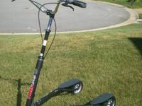 I am offering my Trikke T-8 convertible with both sets