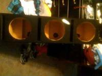 I am selling a triple 10 inch subwoofer box. Like brand