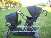 triple stroller used maybe 5 or 6 times love it but my