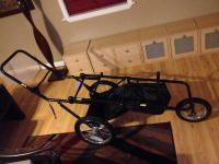 Excellent collapseable triplet stroller made by Triple