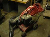 TROY BILT CHIPPER VAC MODEL 47279 5H. Two vacuum