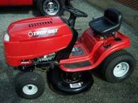 Troy-Bilt Riding Mower. 17.5 HP Briggs and Stratton