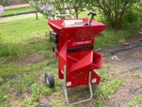 Excellent Condition very heavy duty chipper/shredder