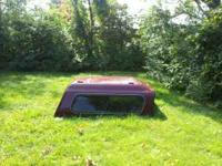 I am selling a high top pick up truck bed cap. It came