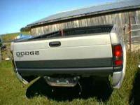 Firberglass truck cap in mint condition, truck bed is