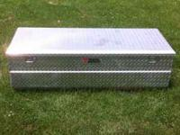For sale is a Tractor Supply tool box. This tool box is
