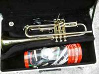 For sale is a trumpet in good condition. Hardly ever