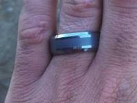 I have a tungsten carbide guys wedding event ring for