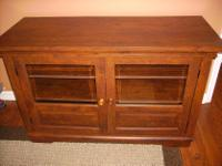 Type:FurnitureType:CabinetsTV console cabinet. Wood