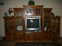 Really good tv showcase..in great condition...looking