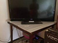 Vizio 'M' series 42 inch (3D smart TV)  with Tv stand