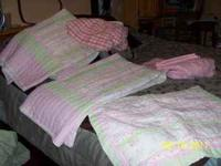 This is a beautiful twin bed set. it is used so please