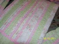 TWIN COMFORTER FOR A GIRL. BEAUTIFUL!!!!!! PINKS GREENS