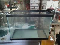 Hello, I have for sale 2 glass fish tanks. I believe