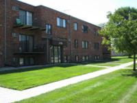 Two bedroom apartment CLOSE TO CAMPUS. Lease begins