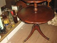 TWO TIER MAHOGANY Scalloped Pie Crust Edge DUMB WAITER