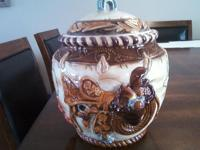 *** I HAVE 2 COOKIE JARS-FROM A SMOKE AND PET FREE