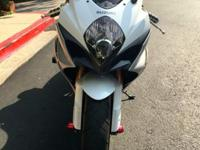 2008 Suzuki GSXR 1000 clean title two owner, garage