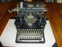 Really lovely antique 1929 Royal 10 typewriter, in good