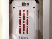 Urban Armor Gear Phone Cover in white for Samsung