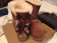 Ugg Bailey Bow Size 9 Retails for $250 Nothing wrong