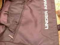 Huge under armor sports duffel bag excellent cond all
