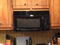 1.8 Cu. Ft. Family Capacity Microwave1,000 Watts