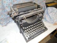 Underwood typewriter 70 + year old antique.  As is. $40