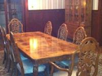 Selling a beautiful, burl wood antique 4-piece dining