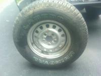 Uniroyal Laredo P235/75R15 Tire $40. - SUV/Small Truck