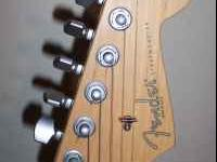 FENDER American Standard Strat...Maple neck...has 2