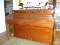 1970's upright piano in decent shape. do not know if it