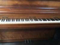 upright piano n good condition works great asking 300