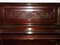 Type: Pianos Type: Leland Upright Old upright piano for