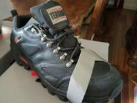 These shoes are great for hiking n work with steel toe