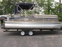 2006 22' Pontoon Boat for sale. Very good condition and