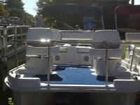 Used 13'2'' Escape Cruz 2007 Pontoon Boat w/ New Minn