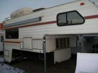 Used 1985 Lance LC900 Truck Camper - fits long bed