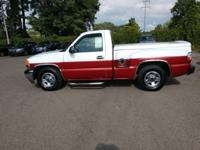 White 2000 GMC Sierra 1500 SL RWD 4-Speed Automatic