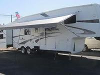 2005 Pilgrim Open Road Family layout wirh a bunk house