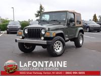 2006 Wrangler X Clean CARFAX **4WD**This vehicle also