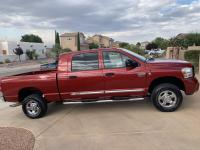 4WD Mega Cab Laramie, Excellent cosmetic and