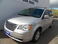 2009 Chrysler Town & Country Touring Bright Silver